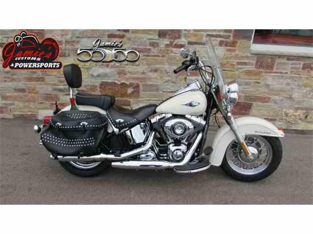 2014 Harley-Davidson FLSTC - Heritage Softail Classic | 965779