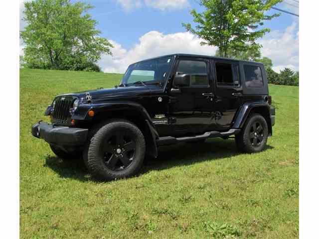 2009 Jeep Wrangler Sahara Limited | 965837