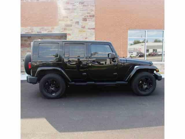 2010 Jeep Wrangler Sahara Unlimited | 965845