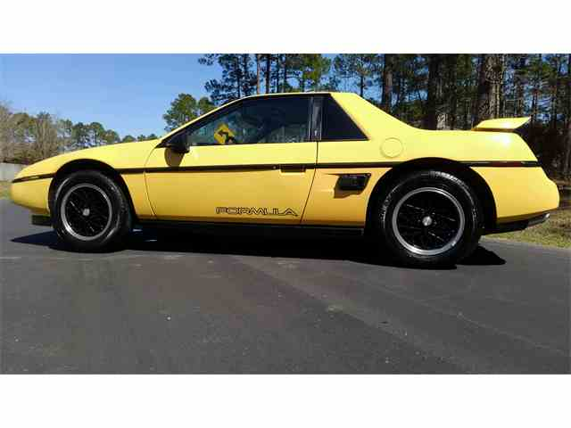 1988 Pontiac Fiero | 965883