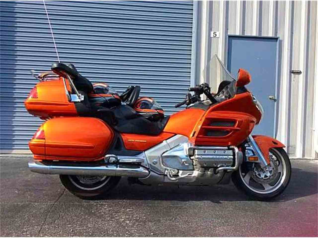 Large Picture of '02 Gold Wing GL1800 located in Florida - $16,500.00 Offered by Tampa Bay Sports Cars - KPF9