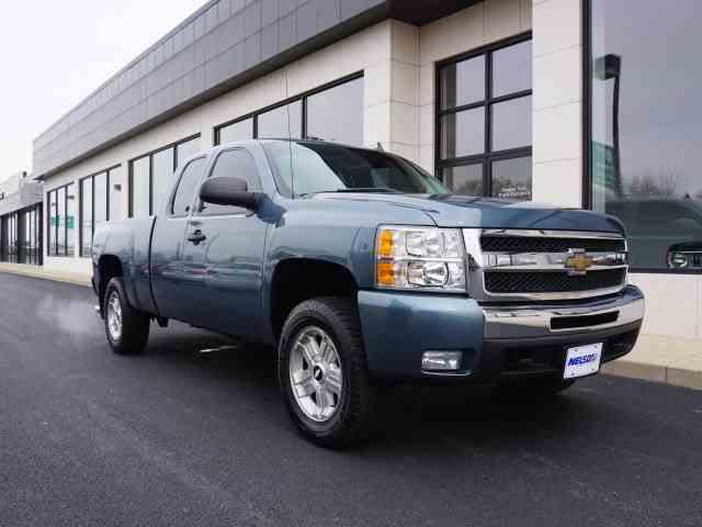 2010 Chevrolet Silverado | 966107