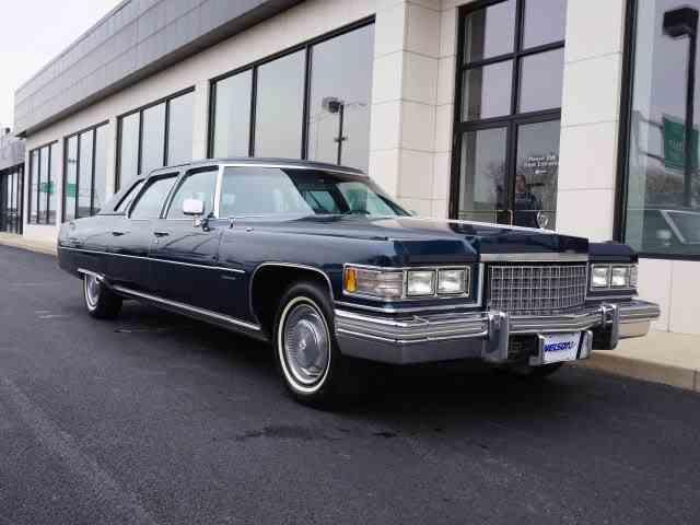 1976 Cadillac Fleetwood | 966110