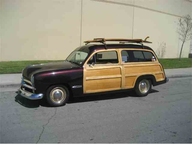 1949 Ford Woody Wagon | 966154