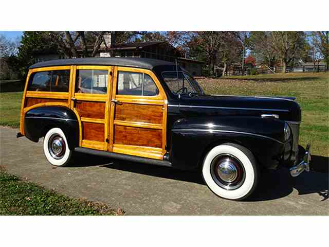 1941 Ford Super Deluxe Station Wagon | 966244