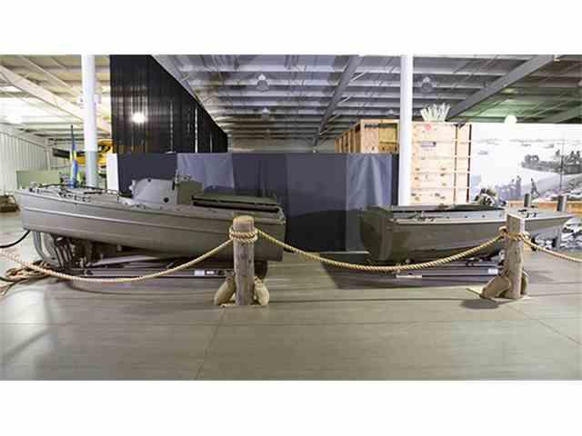 1951 HIggins Bridge Erection Pontoon Boat | 966278