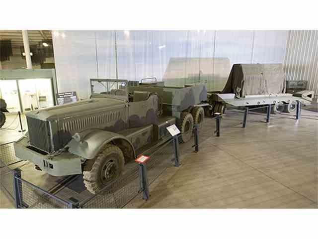 1943 Diamond T M20 12 ton, 4x6 Prime Mover with Tank Transporter Trailer, M9 | 966279