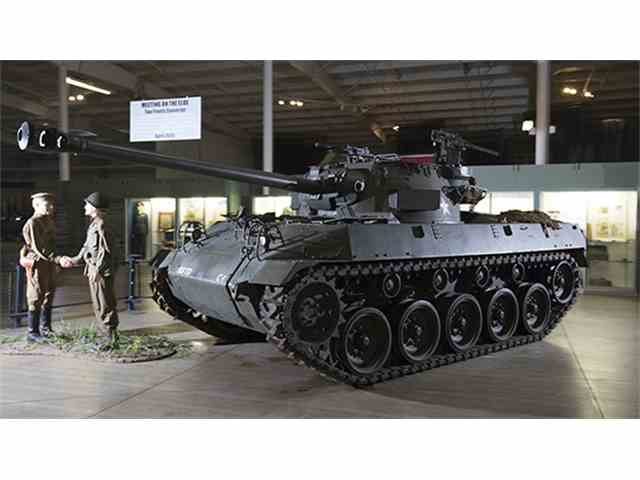 "1944 Buick M18 ""Hellcat"" Tank Destroyer | 966281"