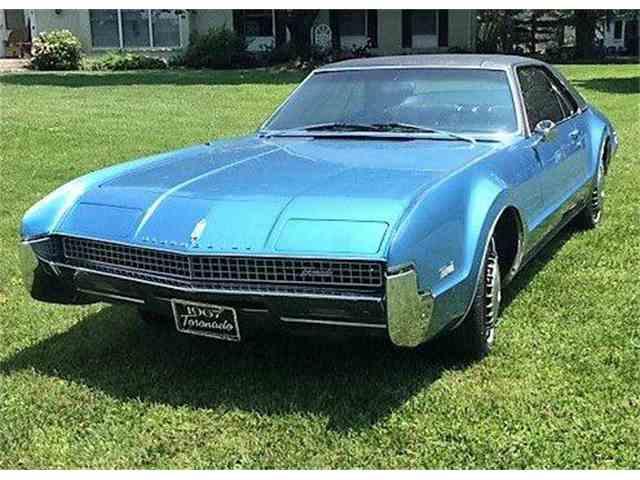 1967 Oldsmobile Toronado | 966283