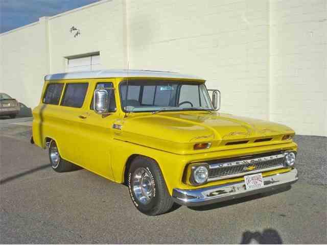 1965 Chevrolet Suburban | 966309