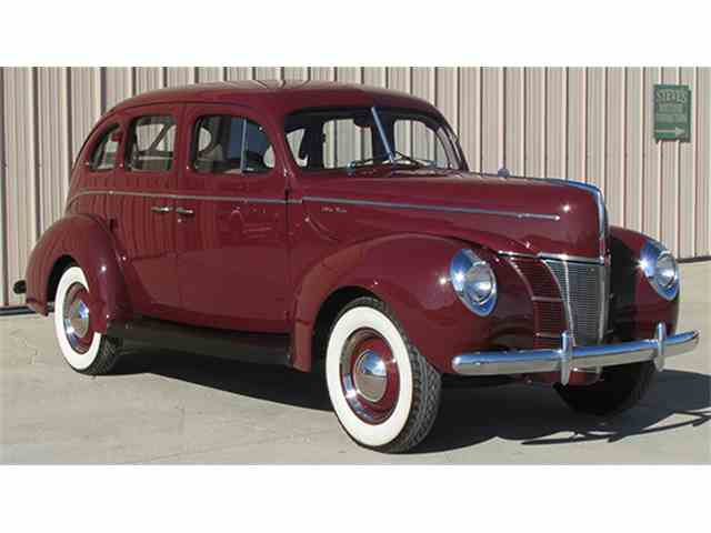 1940 Ford Deluxe | 966310