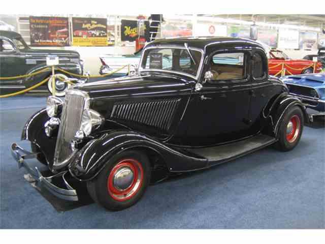 1934 Ford Custom | 966405