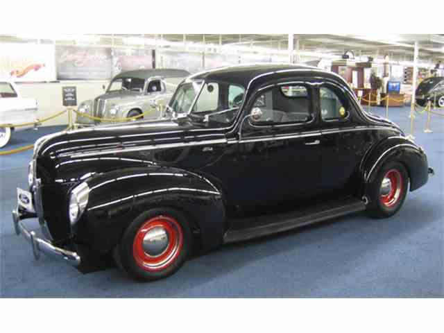 1940 Ford Custom | 966407