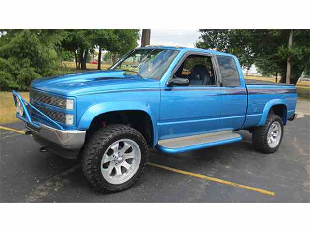1992 Chevrolet Silverado - 4 Wheel Drive Pickup | 966436