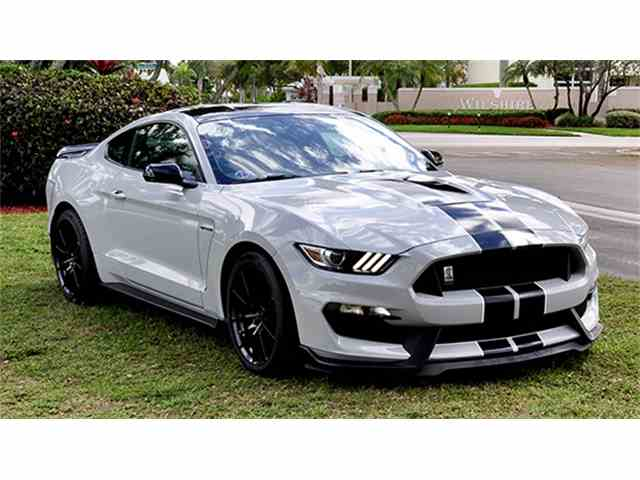 2015 Shelby GT350 | 966492