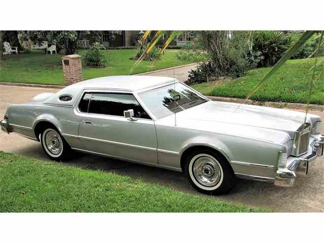 1976 Lincoln Mark IV Versailles | 966499