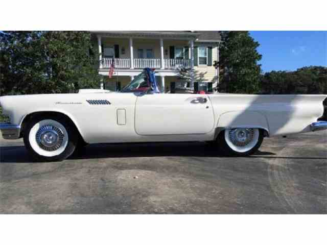 1957 Ford Thunderbird | 966533