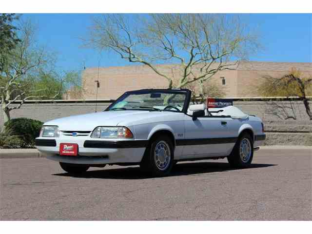 1990 Ford Mustang | 966587