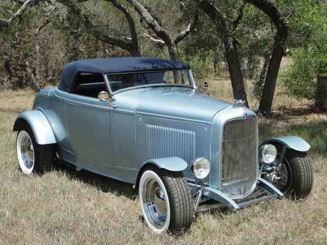1932 Ford Cabriolet | 966822