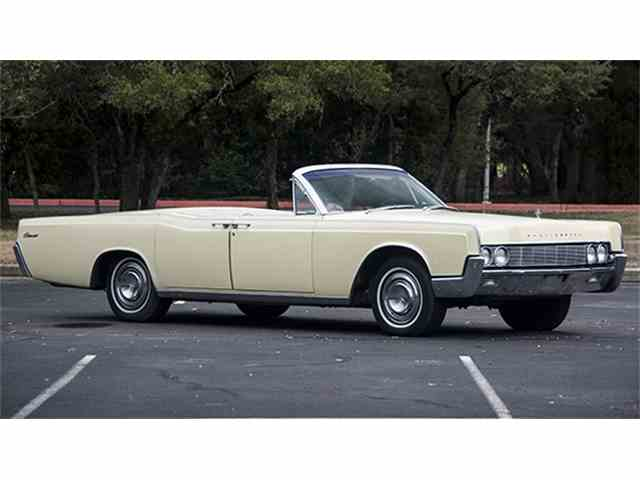 1967 Lincoln Continental Convertible | 966852
