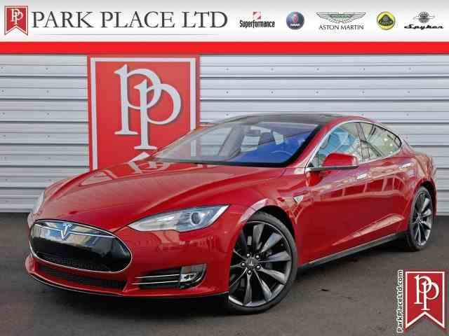 2013 Tesla Model S P85 | 966940