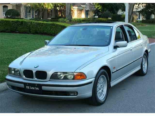 2000 BMW 528i | 967004