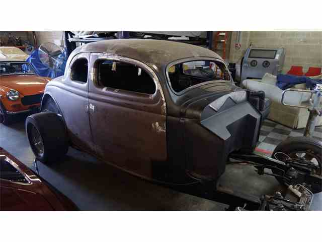 1935 Ford 5-Window Coupe | 967020
