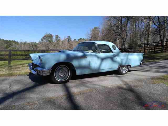 1957 Ford Thunderbird   967525