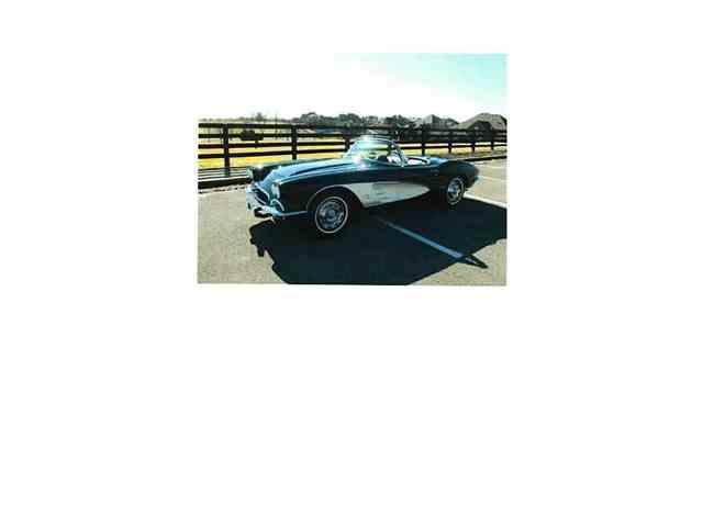 1961 Chevrolet Corvette | 967638