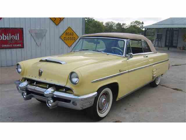 1954 Ford Crestline   967846