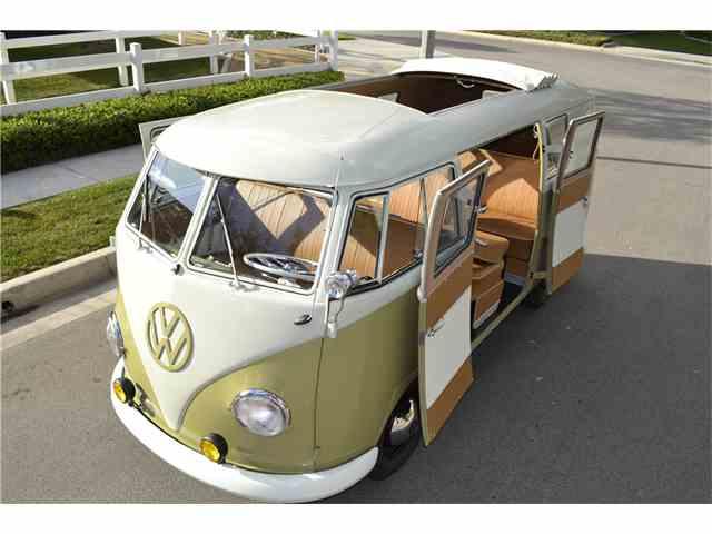 1960 Volkswagen Bus | 968220