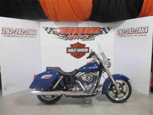 2015 Harley-Davidson® FLD - Dyna® Switchback™   968293
