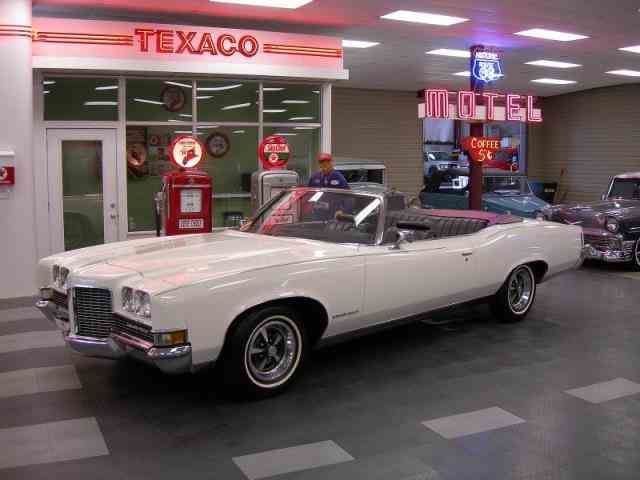 1971 Pontiac Grand Ville | 968320