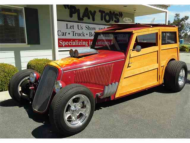 1933 Ford Woody Wagon | 968427