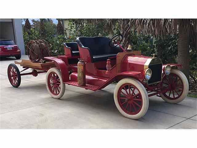 1915 Ford Model T Fire Chief's Car | 968513