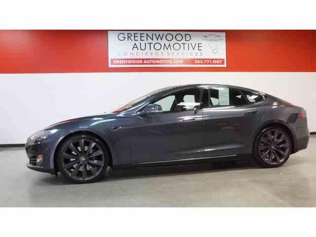 2015 Tesla Model S   968578