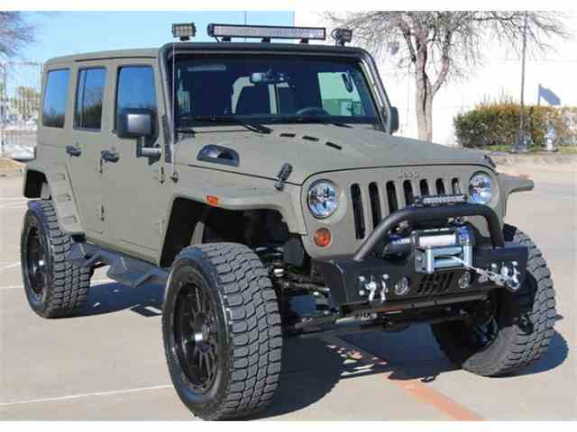2017 Jeep Wrangler Unlimited Custom | 968830