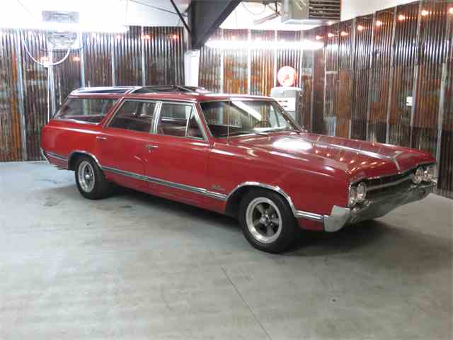 1965 Oldsmobile Vista Cruiser | 968905