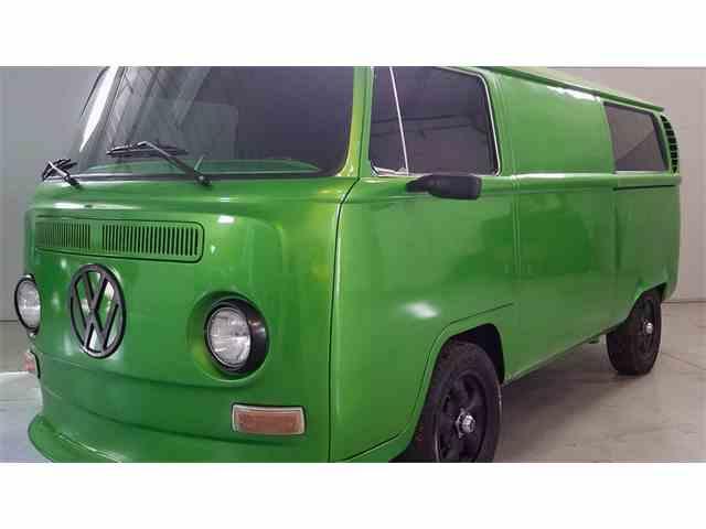 1971 Volkswagen Bus   968976