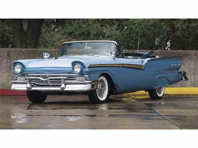 1957 Ford Fairlane | 969384