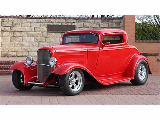 1932 Ford Three-Window Street Rod Coupe | 969462