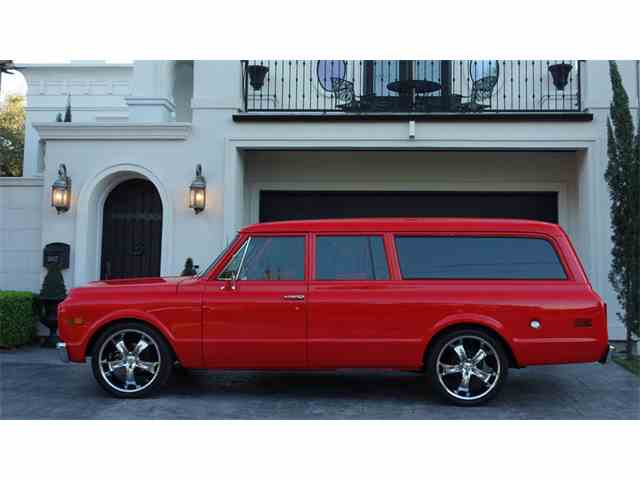 1972 Chevrolet Suburban | 969500