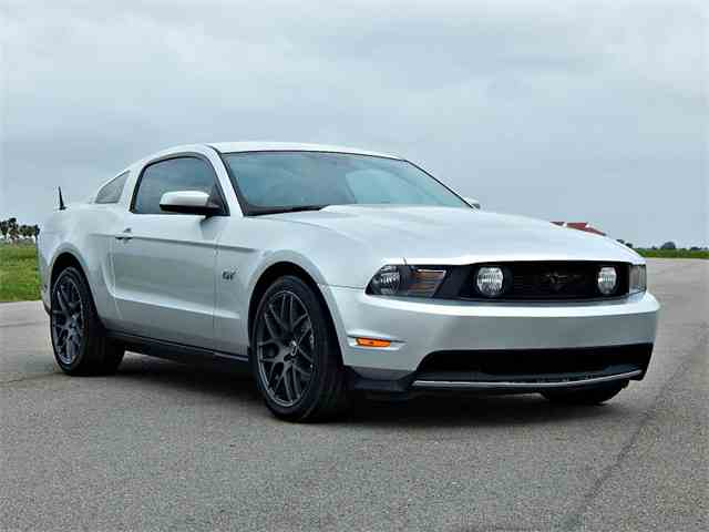 2010 Ford Mustang GT | 969507