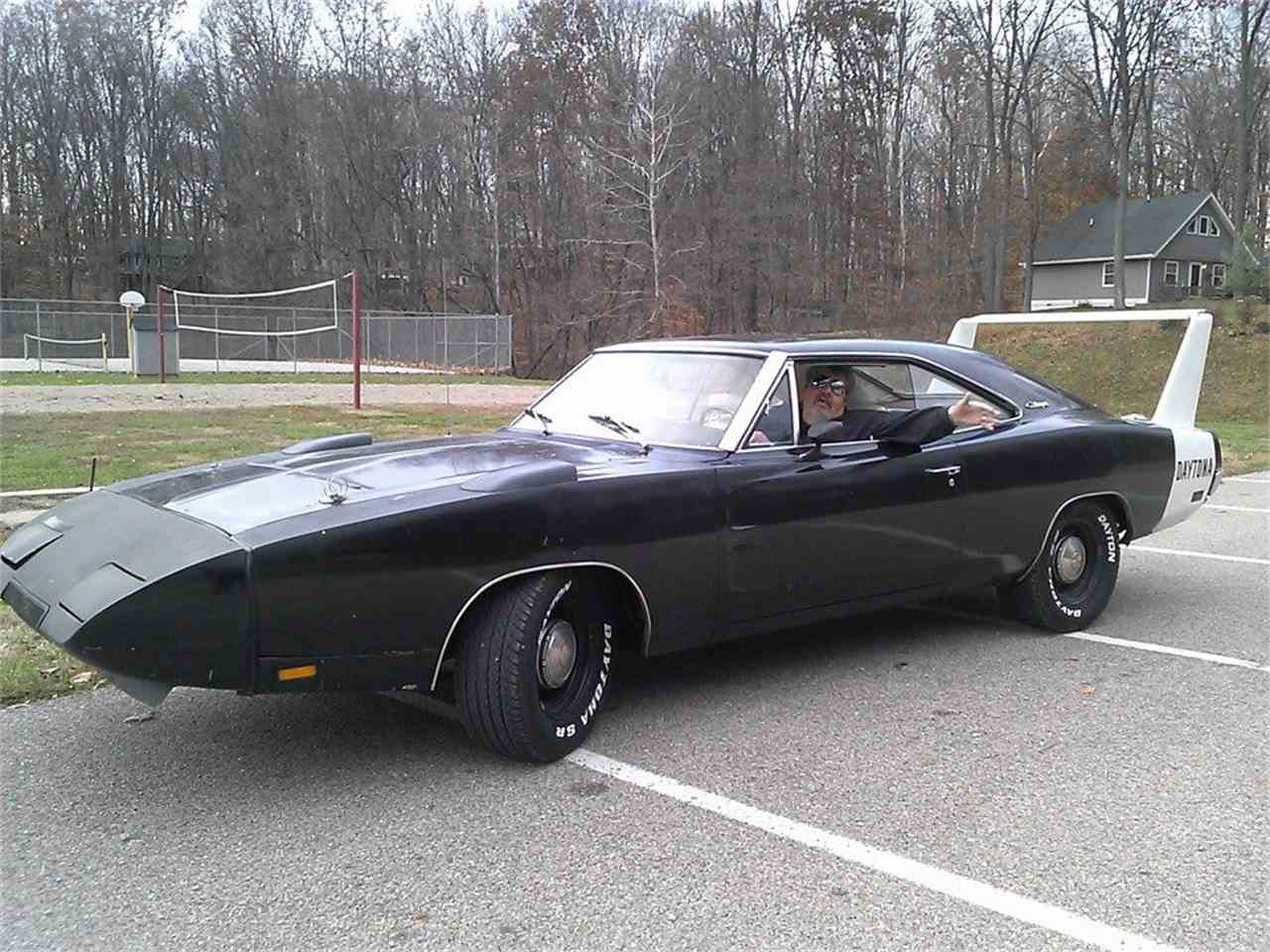1969 Dodge Charger Cars Trucks By Owner Vehicle Autos Post