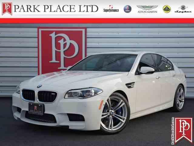 2015 BMW M5 | 969915