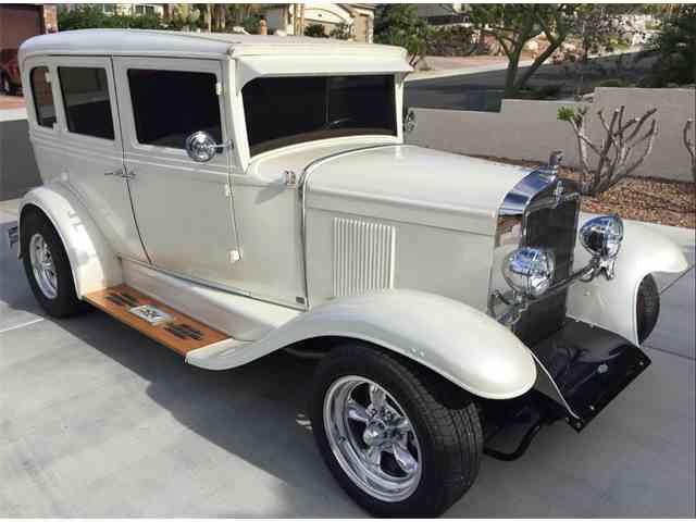 1930 Chevrolet Sedan | 971011