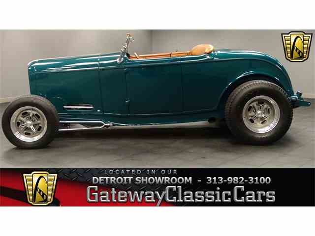 1932 Ford Roadster | 971078