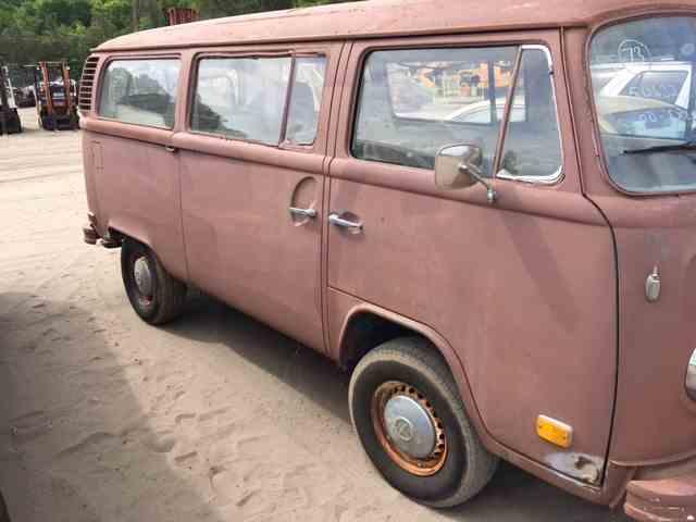 1973 Volkswagen Bus | 970111
