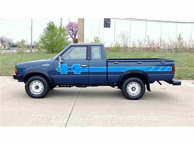 1983 Nissan 720 Pickup King Cab 4x4 | 971194