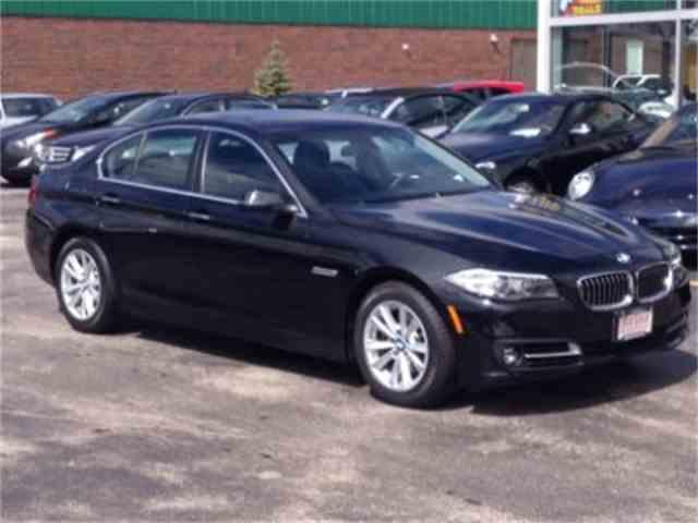 2016 BMW 5 Series | 971496